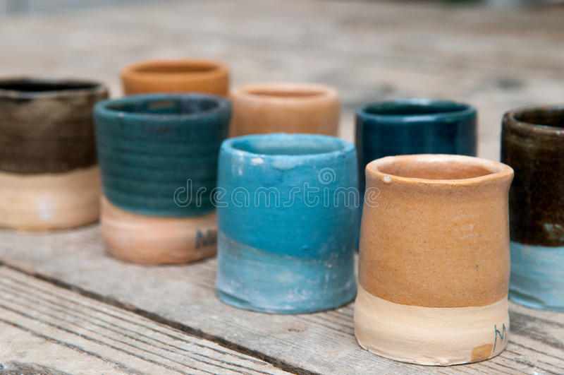 Productos de cerámica hechos a mano de la cerámica imágenes de archivo libres de regalías