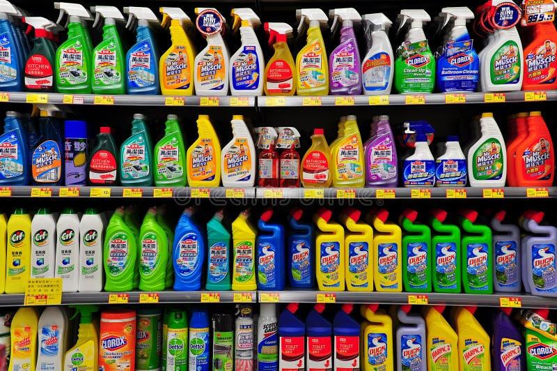 Productos de limpieza en el supermercado de Hong-Kong fotos de archivo