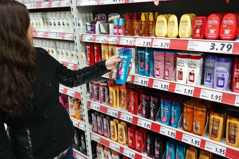 Productos del cuidado del cabello imagen de archivo