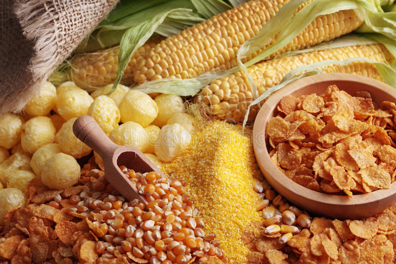 Productos del maíz fotografía de archivo libre de regalías