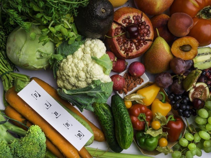 Productos ricos en la fibra, comida de la dieta sana de los antioxidantes Visi?n superior imágenes de archivo libres de regalías
