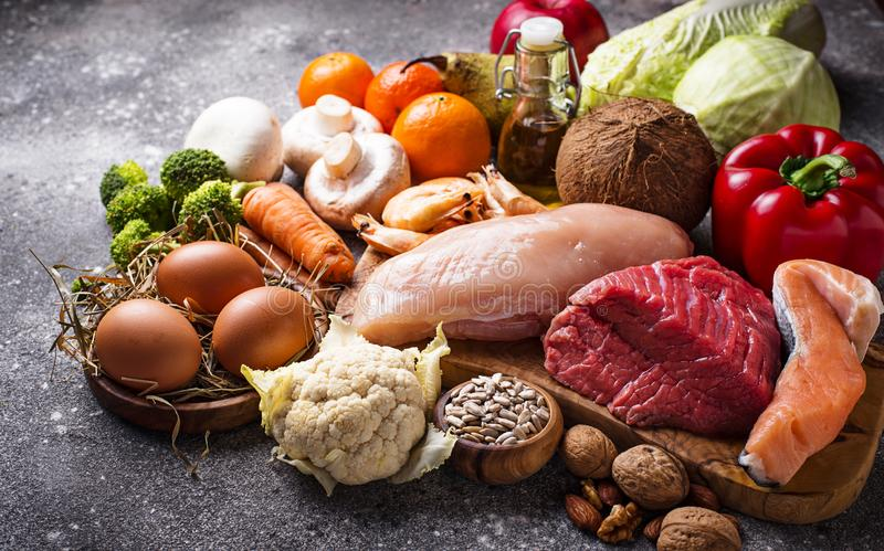 Productos sanos para la dieta del paleo fotografía de archivo libre de regalías