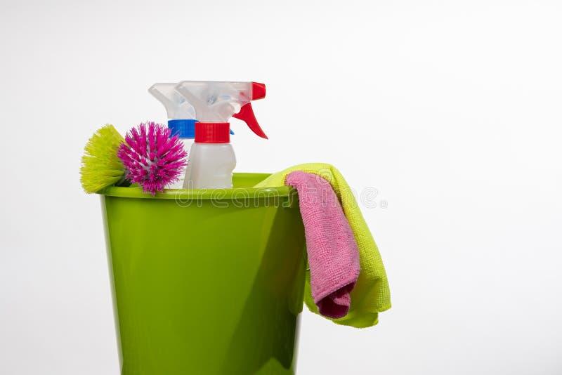 Productos y herramientas de limpieza imagen de archivo libre de regalías