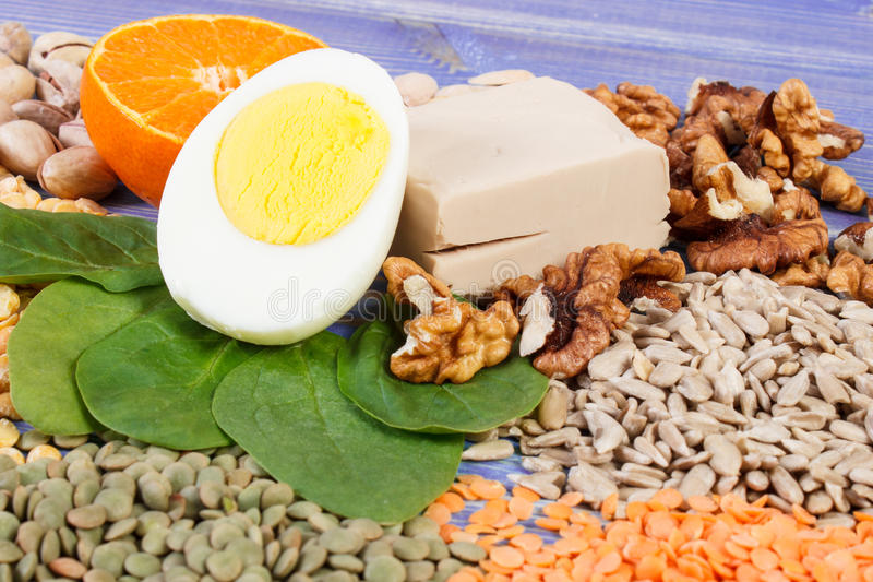 Products and ingredients containing vitamin B1 and dietary fiber, healthy nutrition. Ingredients or products containing vitamin B1 and dietary fiber, natural royalty free stock photography