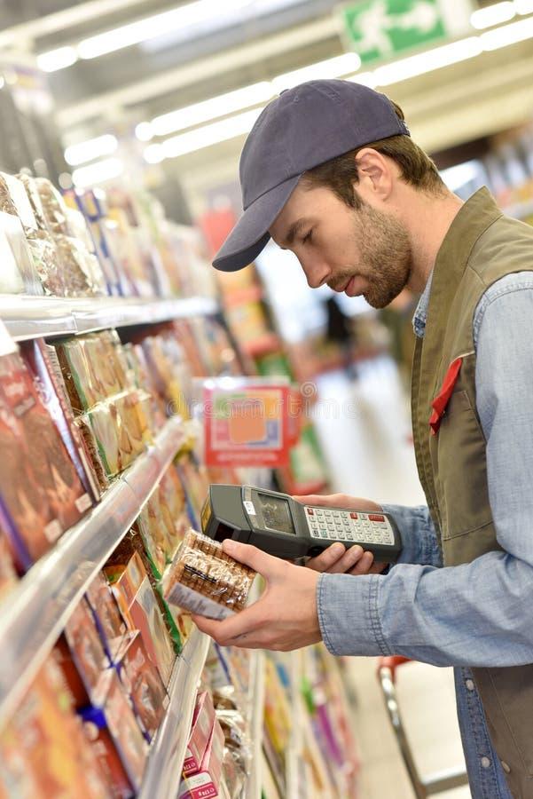 Produits auxiliaires de balayage de ventes photos stock