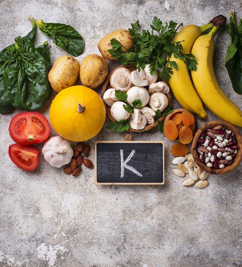 Produits contenant le potassium Concept sain de nourriture photos libres de droits