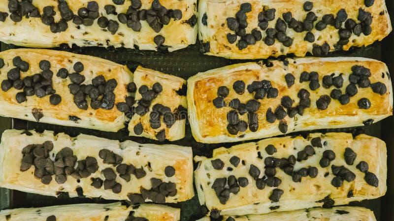 Produits de boulangerie dans la boutique photographie stock libre de droits
