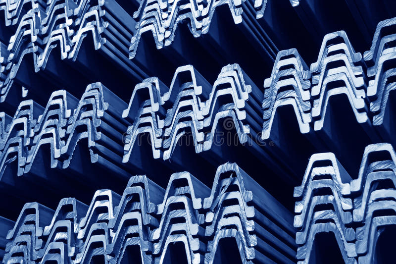 Produits en acier de matériaux dans la section transversale photos libres de droits