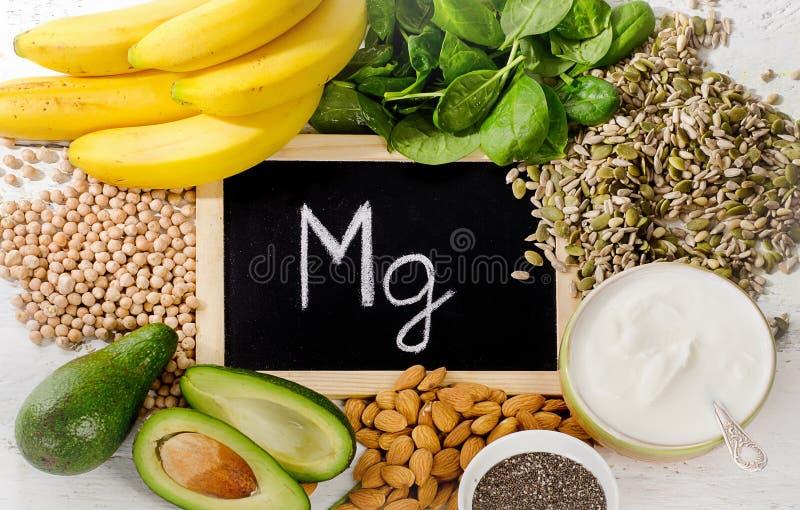 Produkte, die Magnesium enthalten stockfotos