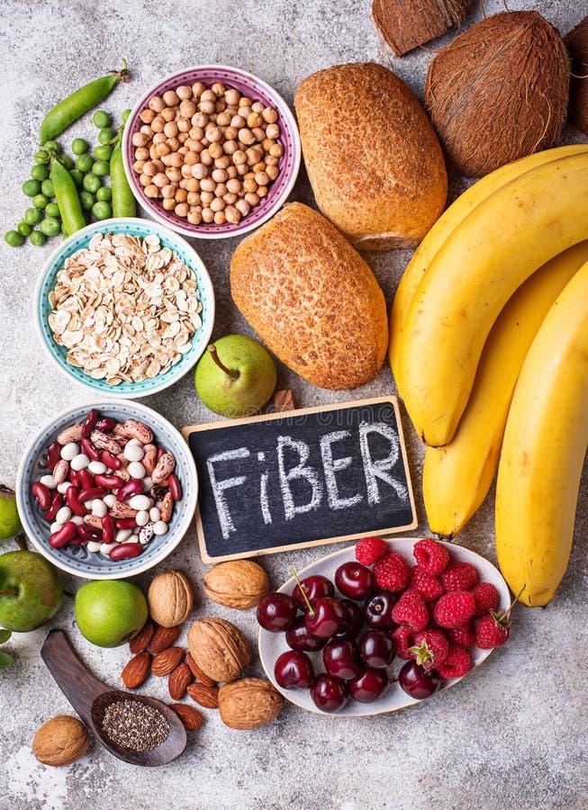 Produkte reich in der Faser Nahrung der gesunden Diät stockfotos