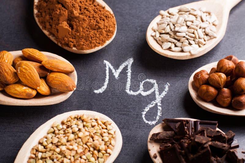 Produkter som är rika i magnesium royaltyfria foton