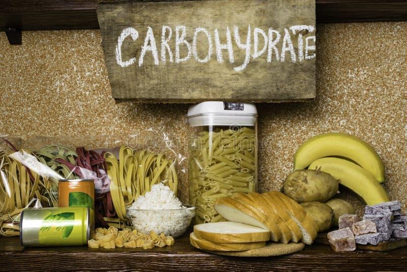 Produktrich av komplexa kolhydrater Foods som är högst i kolhydrater Sunt banta äta begrepp Snabba och långsamma kolhydrater royaltyfria foton