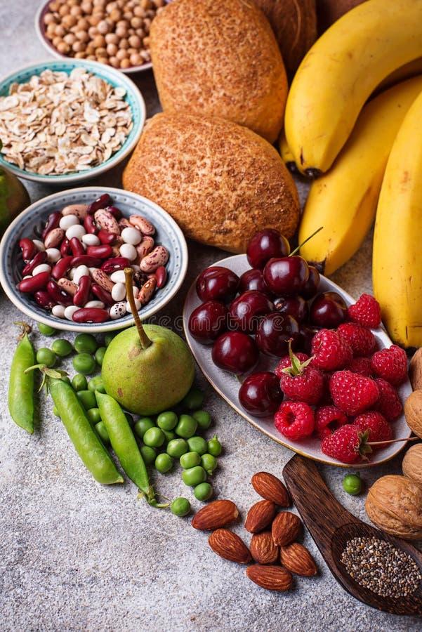 Produkty bogaci w włóknie dietetyczne jedzenie zdrowe zdjęcia royalty free