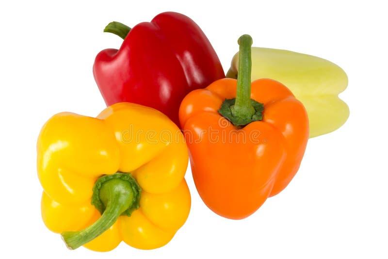 Produto-vegetais frescos de vegetables Pimenta vermelha, amarela, verde, alaranjada doce, isolada no fundo branco Alimento do veg fotos de stock royalty free
