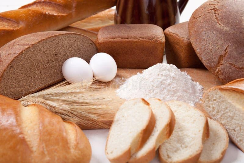 Produtos da padaria do pão fotografia de stock royalty free