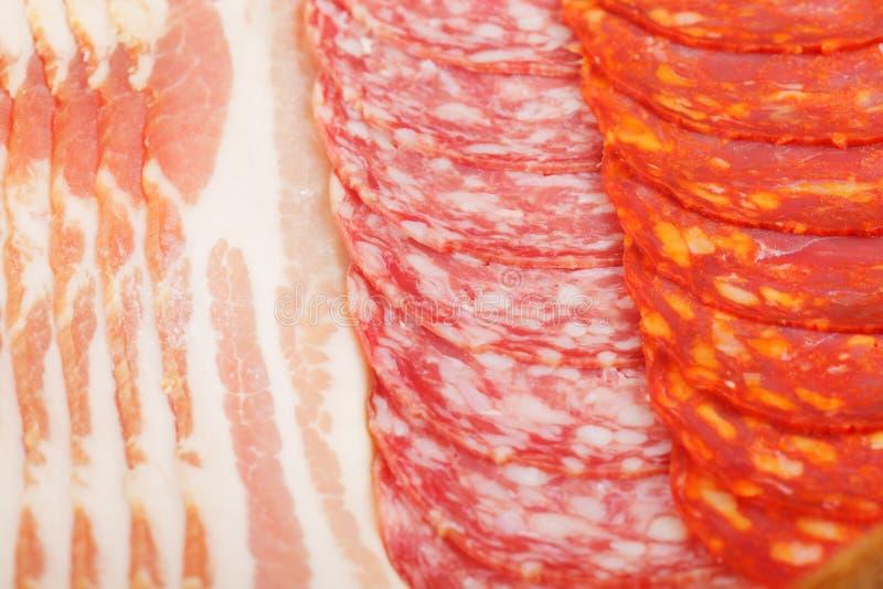 Produtos de carne cortados fotografia de stock