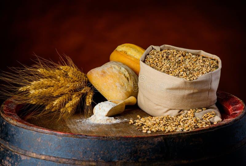 Produtos de cereal imagem de stock royalty free