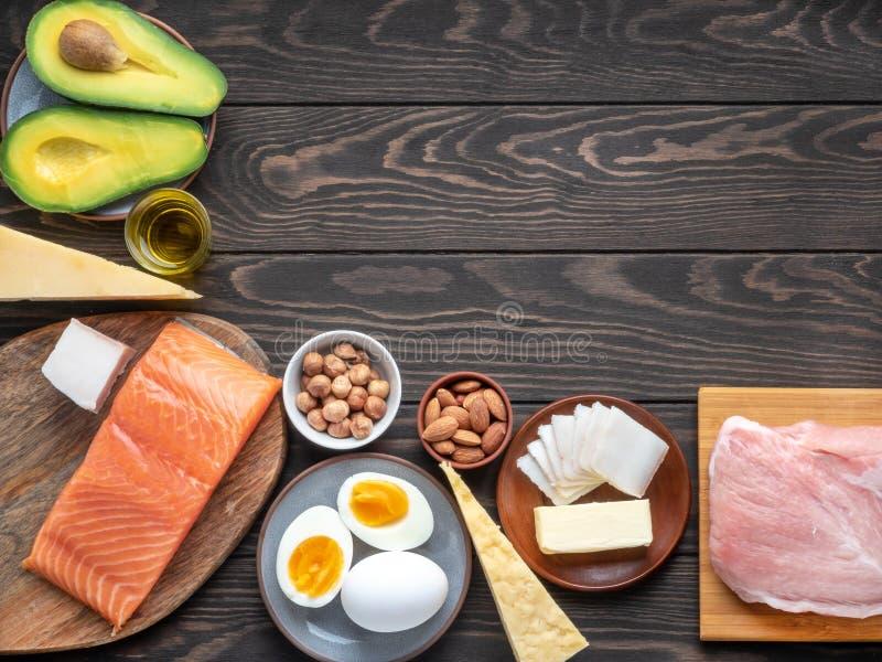 Produtos de dieta Ketogenic com copyspace no canto superior direito foto de stock