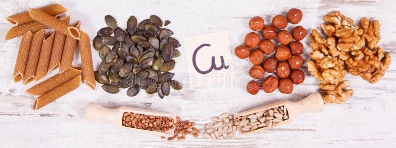 Produtos e ingredientes que cont?m a fibra de cobre e diet?tica, nutri??o saud?vel imagem de stock royalty free