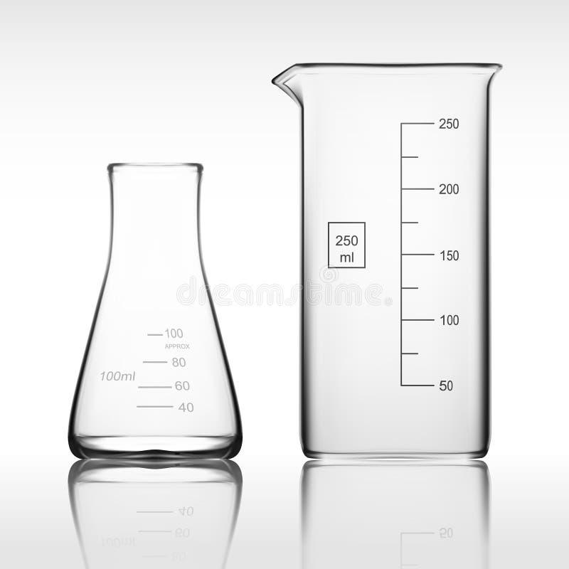 Produtos vidreiros de laboratório de dois produtos químicos ou taça Tubo de ensaio claro vazio do equipamento de vidro imagem de stock