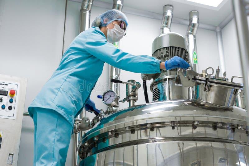 Produzione della fabbrica, processo, industria immagini stock