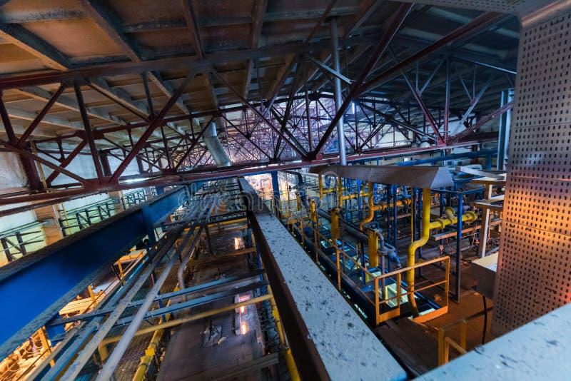 Produzione di industria della vetroresina della linea di vetro alla fabbrica fotografia stock libera da diritti