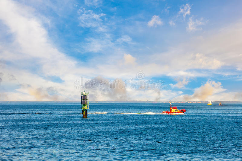 Proefboot en boei stock fotografie