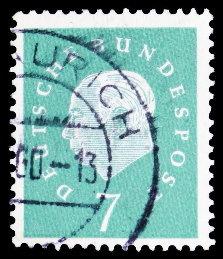 Profesor Doctor Theodor Heuss (1884-1963), 1r presidente alemán, serie, circa 1959 imagenes de archivo