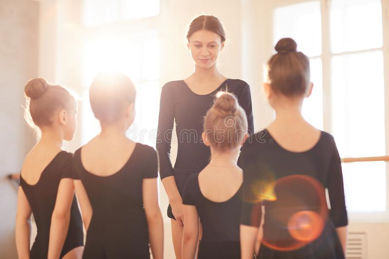 Professeur de ballet photos stock