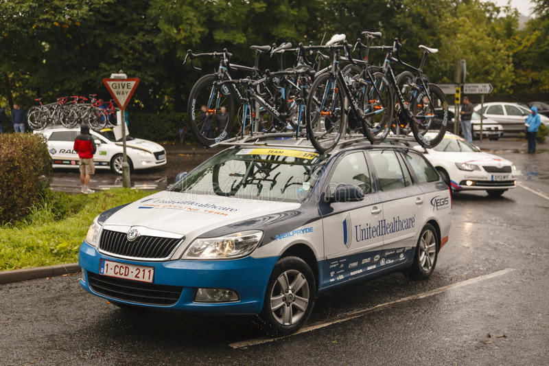 Download Professional Cycling Support Vehicle Editorial Stock Image - Image: 33650464