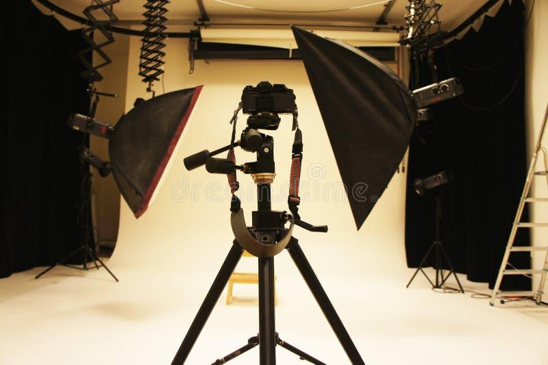 Professioneel fotostudio en materiaal stock foto
