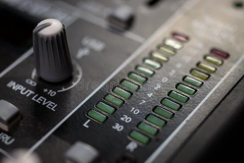 Professionele Audio Hoofd Stereo Hoofdvu Meters stock foto