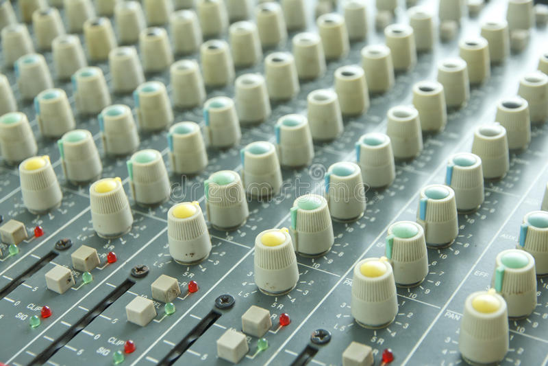Professionele audiomixer stock afbeeldingen