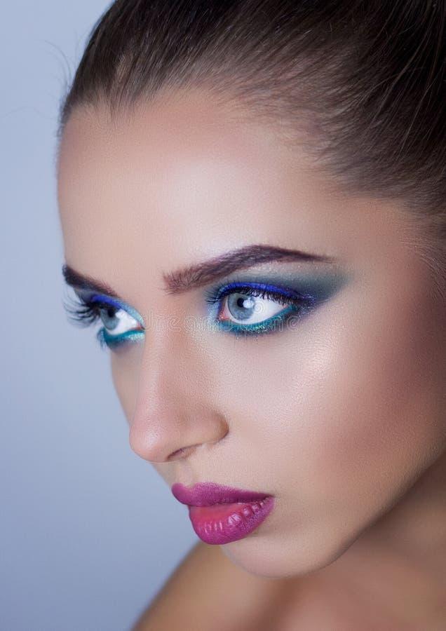Professionele Make-up voor Brunette royalty-vrije stock afbeelding
