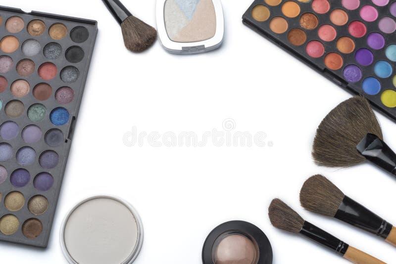 Professionele make-upborstels en hulpmiddelen, geplaatste samenstellingsproducten stock foto's