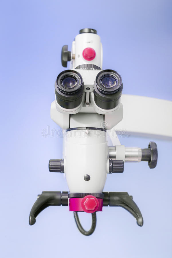 Professionele Tand endodontic binoculaire microscoop royalty-vrije stock foto's