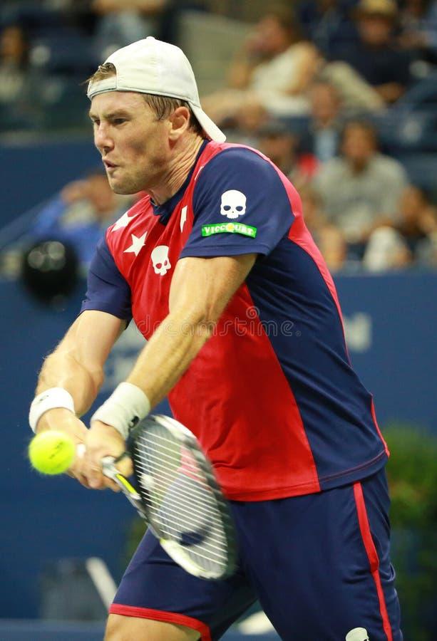 Professionele tennisspeler Illya Marchenko van de Oekraïne in actie tijdens zijn ronde gelijke 3 bij US Open 2016 royalty-vrije stock foto's