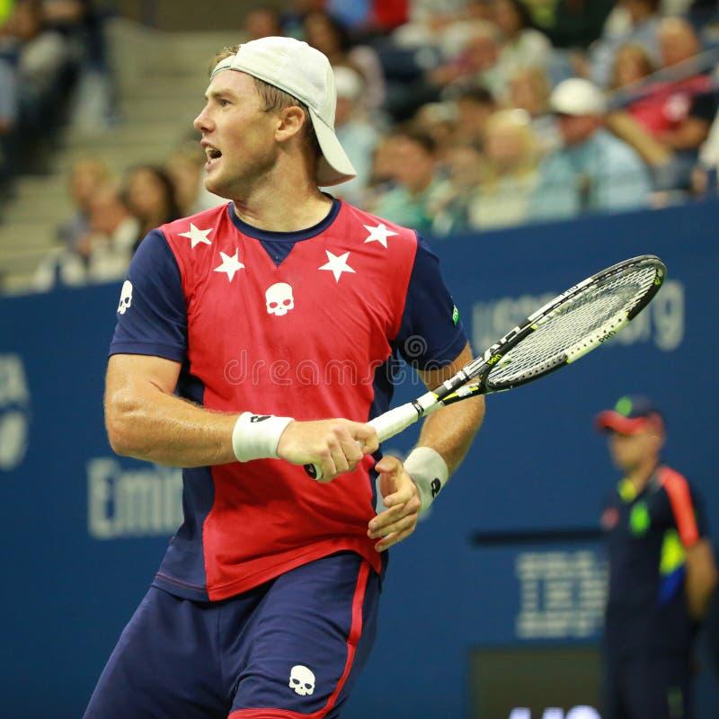 Professionele tennisspeler Illya Marchenko van de Oekraïne in actie tijdens zijn ronde gelijke 3 bij US Open 2016 royalty-vrije stock afbeeldingen