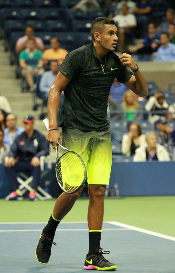 Professionele tennisspeler Nick Kyrgios van Australië in actie tijdens zijn ronde gelijke 3 bij US Open 2016 royalty-vrije stock afbeeldingen