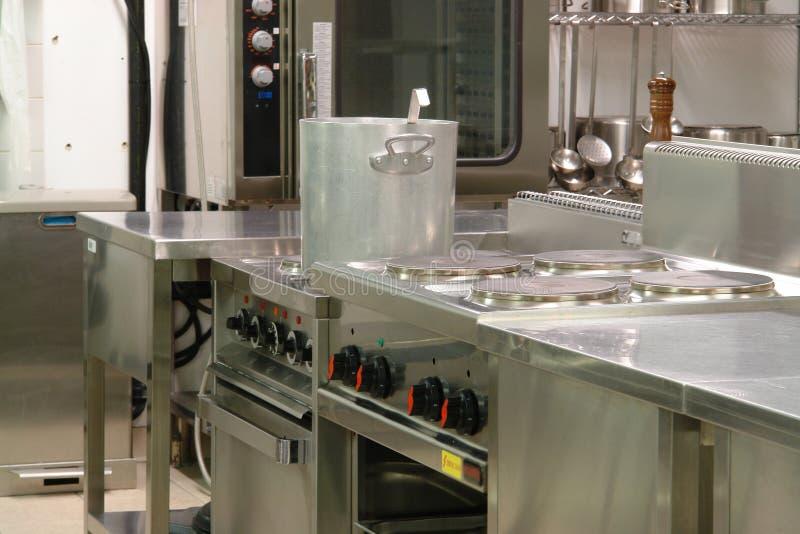Professionelle industrielle Küche stockbild