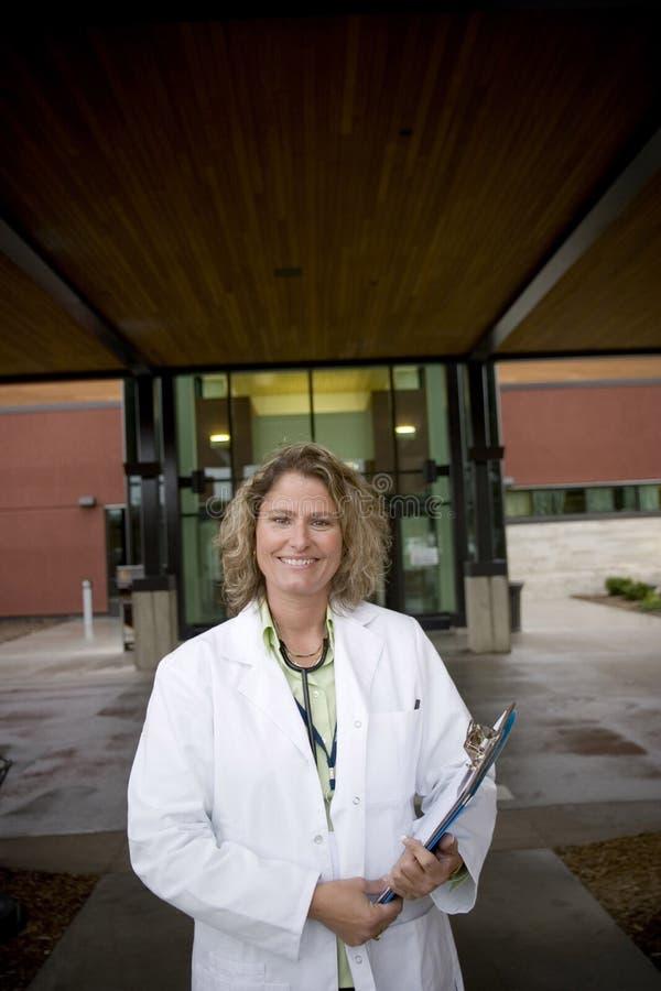 Professionista medico femminile fotografia stock libera da diritti