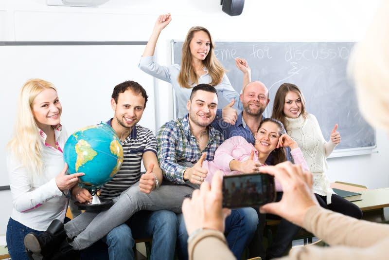 Professor die gediplomeerden fotograferen stock fotografie