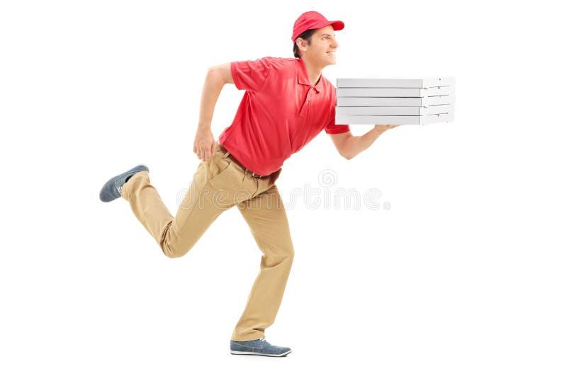 Profiel van de kerel van de pizzalevering het lopen wordt geschoten die royalty-vrije stock fotografie