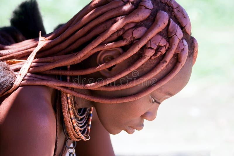 Profiel van een Himba-vrouw stock fotografie