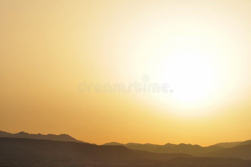 Profielen van bergen bij dageraad royalty-vrije stock afbeelding