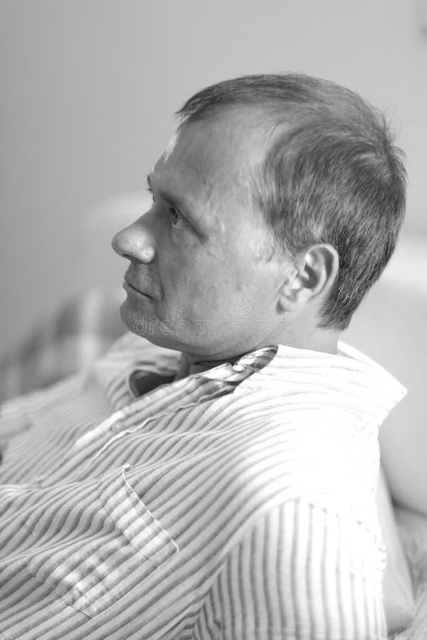 Profil eines Mannes stockfotografie