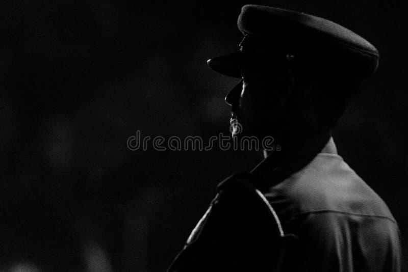 Profili di un policeofficer immagini stock