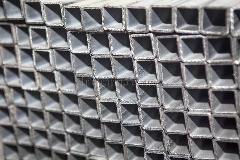 Profili quadrati del metallo fotografia stock libera da diritti
