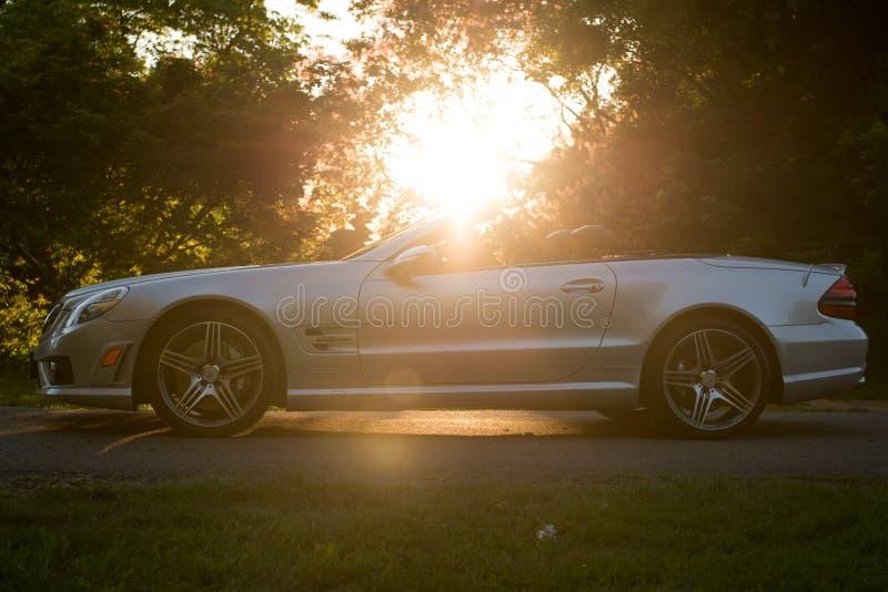 Profilo convertibile dell'automobile immagine stock