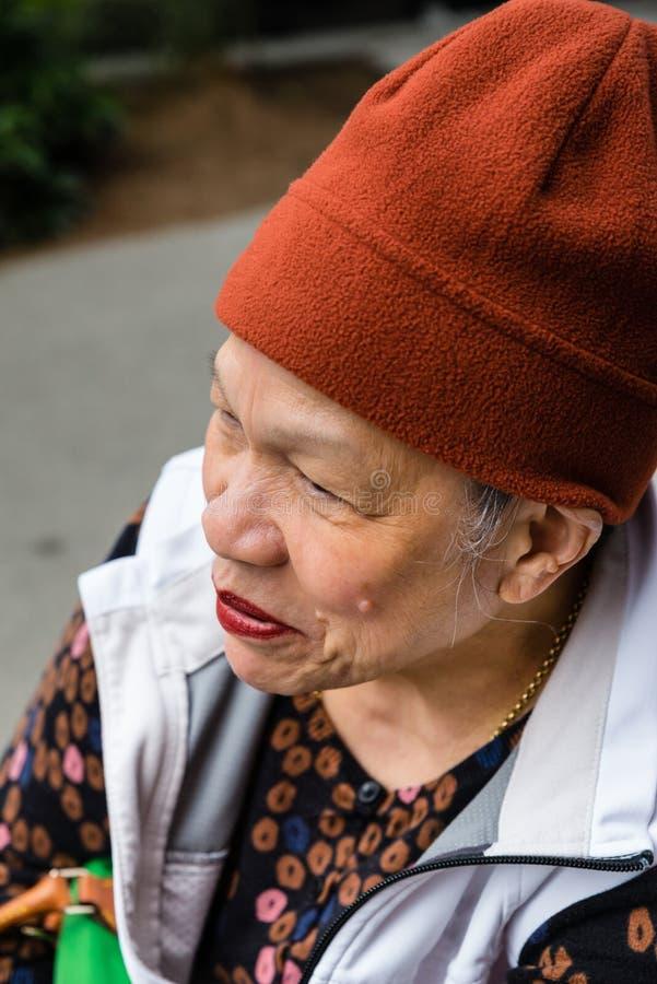 Profilo di sorridere senior delle donne immagine stock libera da diritti